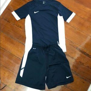Boys Nike shirt and short set, size medium